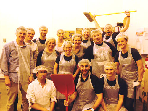 CSR-GravityPayments-Food Lifeline Volunteering - Group